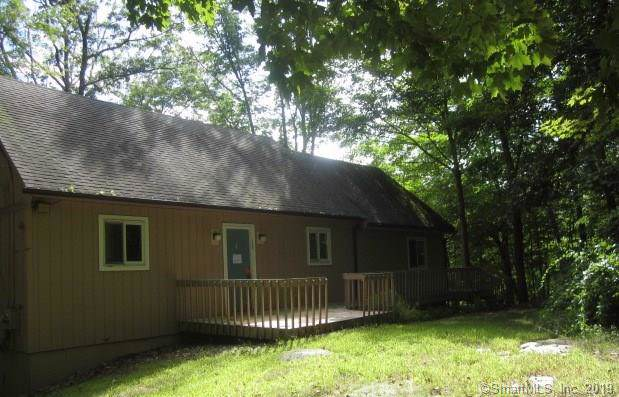 481 East Street, Hebron, CT 06248 (MLS #170245362) :: The Higgins Group - The CT Home Finder