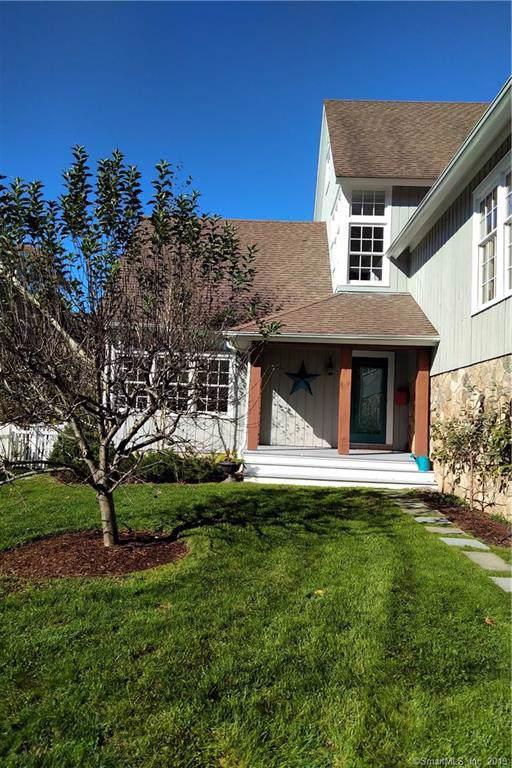 21 Harstrom Place, Norwalk, CT 06853 (MLS #170249544) :: Michael & Associates Premium Properties | MAPP TEAM