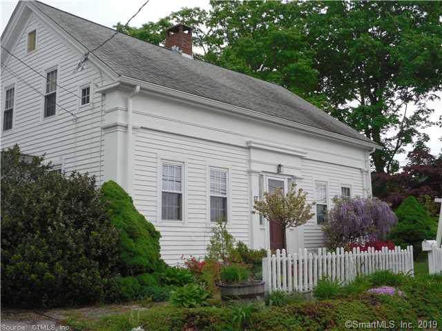 17 E Pattagansett Road, East Lyme, CT 06357 (MLS #170252234) :: Spectrum Real Estate Consultants