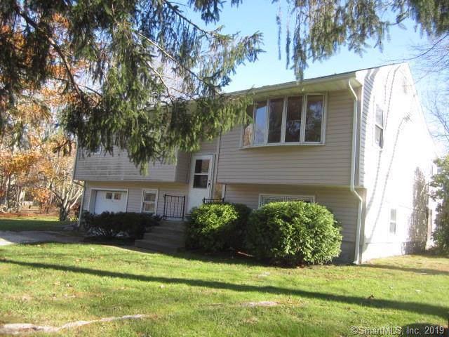 17 Winthrop Drive, Plainfield, CT 06354 (MLS #170252634) :: Carbutti & Co Realtors