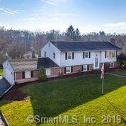 9 Side Hill Road, Meriden, CT 06451 (MLS #170253793) :: Mark Boyland Real Estate Team