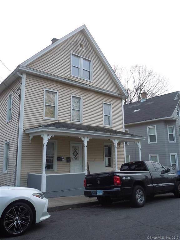 17 Sarsfield Street, Waterbury, CT 06704 (MLS #170254032) :: Carbutti & Co Realtors