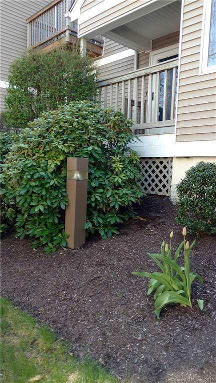 7 Glenrock A 7, Norwalk, CT 06850 (MLS #170256252) :: Mark Boyland Real Estate Team