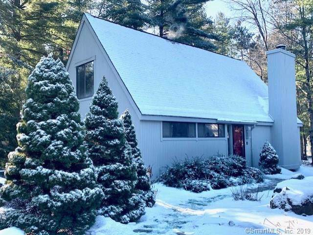 14 Finch Run #14, Avon, CT 06001 (MLS #170258514) :: The Higgins Group - The CT Home Finder