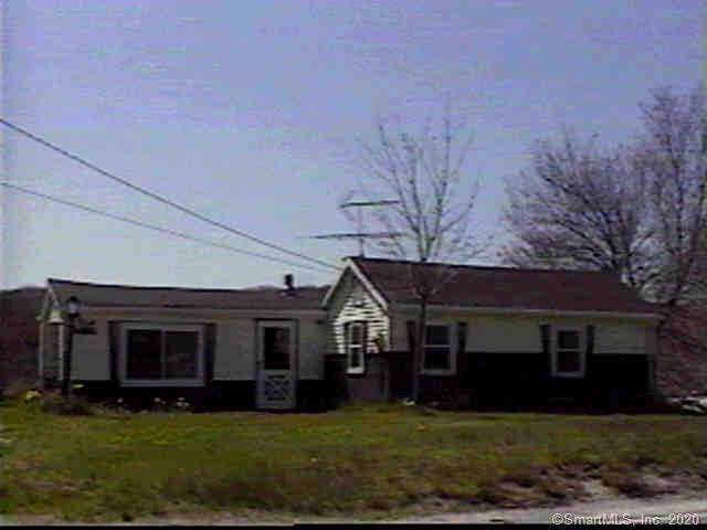 1036 Thompson Road, Thompson, CT 06277 (MLS #170260568) :: Anytime Realty