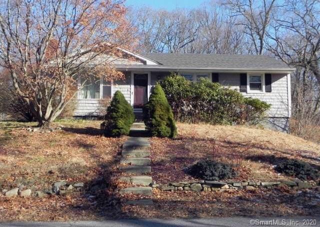 19 Kim Avenue, Montville, CT 06382 (MLS #170262369) :: Michael & Associates Premium Properties | MAPP TEAM