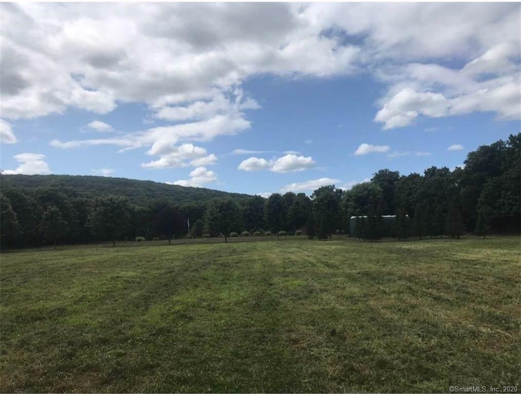3 Lower Meadow - Photo 1