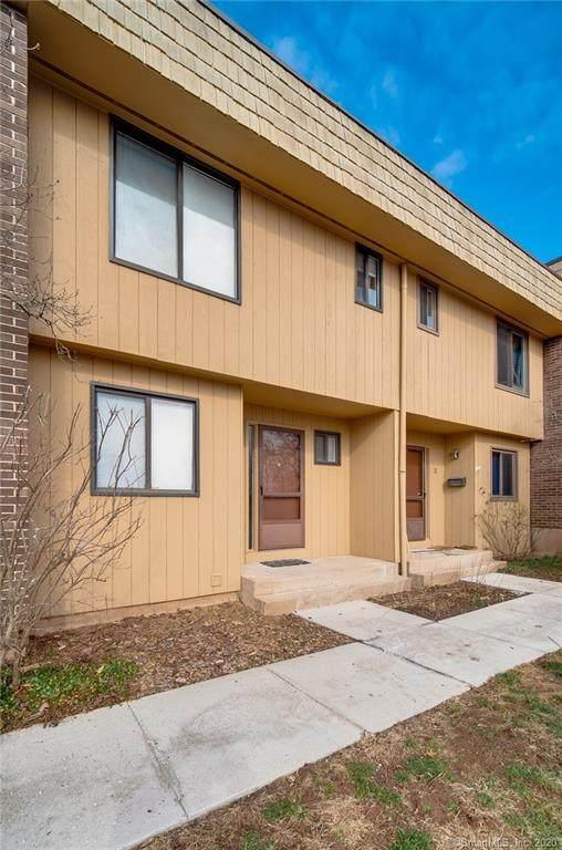 9 Magnolia Hill Court #9, Cromwell, CT 06416 (MLS #170269356) :: Carbutti & Co Realtors