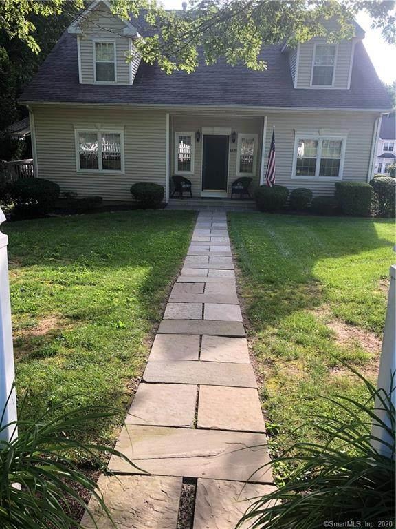 6439 Main Street #1, Trumbull, CT 06611 (MLS #170272845) :: Spectrum Real Estate Consultants