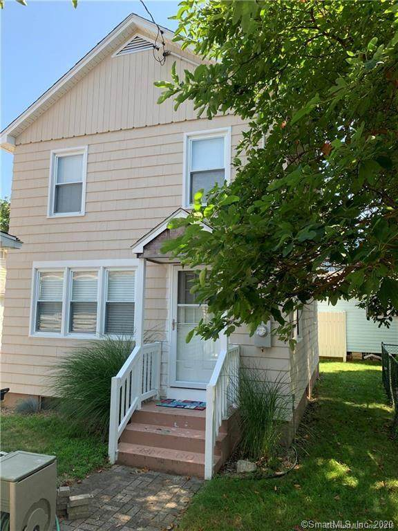 30 Hartford Avenue C, Old Lyme, CT 06371 (MLS #170278964) :: Team Phoenix