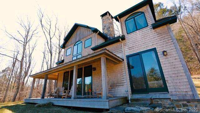 21 Smith Hill Road, Sharon, CT 06069 (MLS #170280334) :: Spectrum Real Estate Consultants