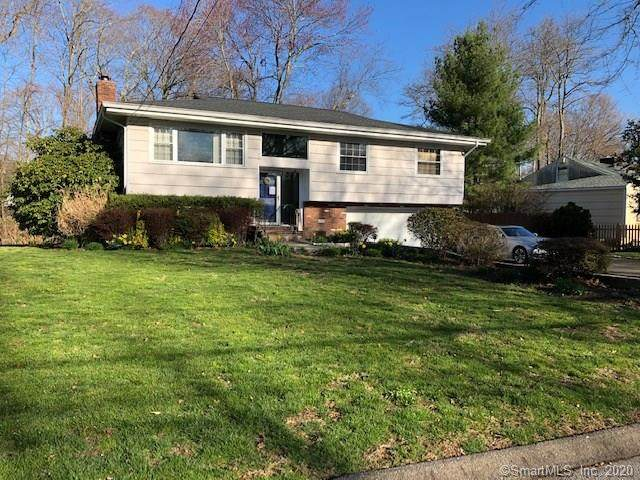 15 Southwest Drive, Stamford, CT 06905 (MLS #170283271) :: Carbutti & Co Realtors