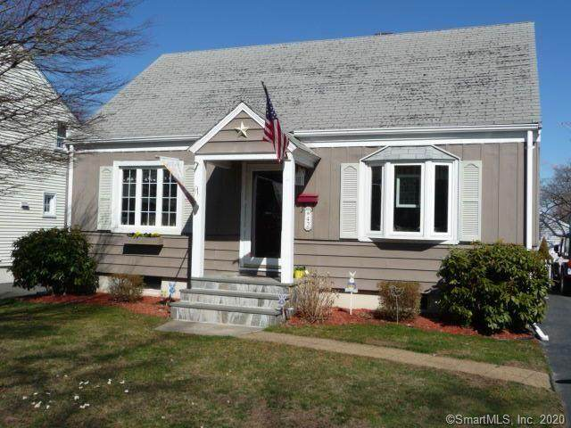 42 Greenfield Avenue, Stratford, CT 06614 (MLS #170285155) :: Spectrum Real Estate Consultants