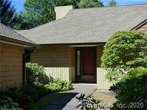 21 Bathcrescent #21, Bloomfield, CT 06002 (MLS #170286471) :: Michael & Associates Premium Properties | MAPP TEAM