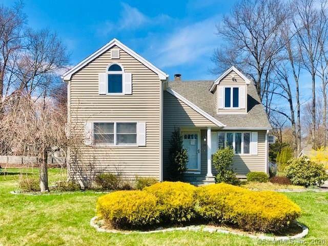 18 Bonheur Road, Trumbull, CT 06611 (MLS #170287361) :: Spectrum Real Estate Consultants