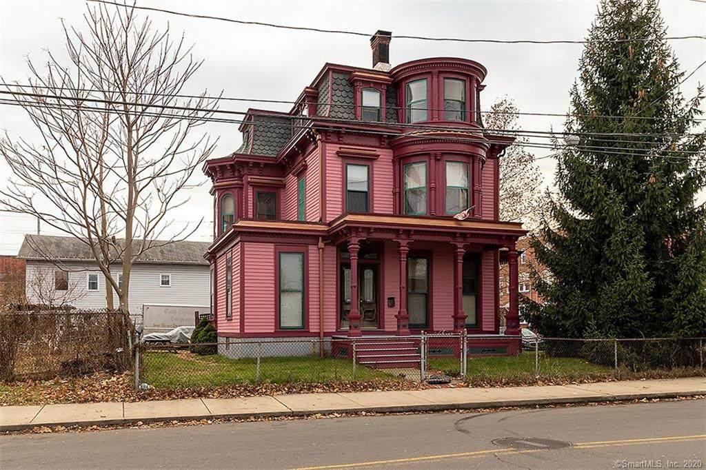 408 Barnum Avenue - Photo 1