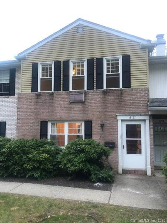 51 Hunter Court #51, Torrington, CT 06790 (MLS #170298397) :: Coldwell Banker Premiere Realtors