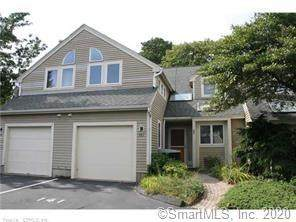 141 Courtyard Lane #141, Mansfield, CT 06268 (MLS #170301087) :: The Higgins Group - The CT Home Finder