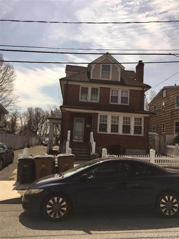28 Madison Place, Stamford, CT 06902 (MLS #170301676) :: The Higgins Group - The CT Home Finder