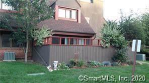 5 Montoya Drive #5, Branford, CT 06405 (MLS #170308472) :: Carbutti & Co Realtors