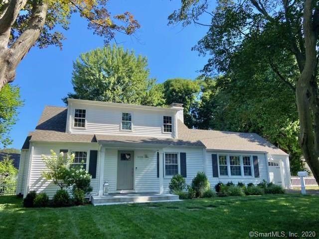 308 Shoreham Village Drive, Fairfield, CT 06824 (MLS #170322778) :: Frank Schiavone with William Raveis Real Estate