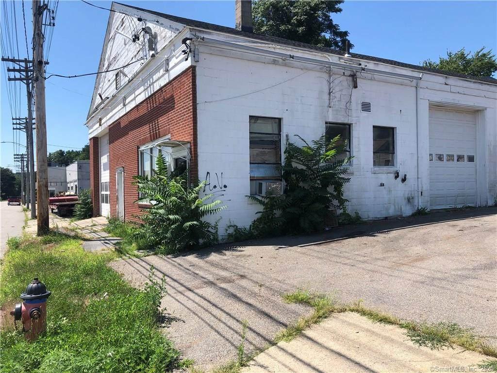 418 North Main Street - Photo 1