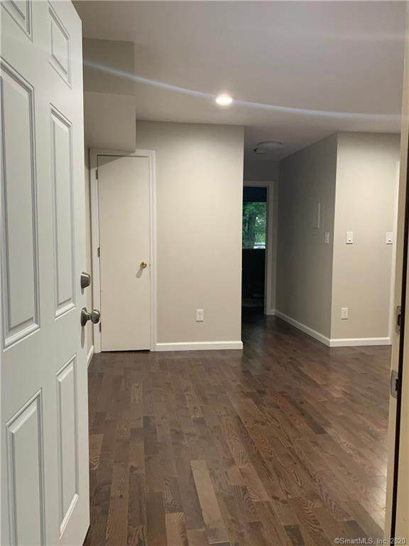 296 Main Avenue #9, Norwalk, CT 06851 (MLS #170325590) :: Michael & Associates Premium Properties | MAPP TEAM