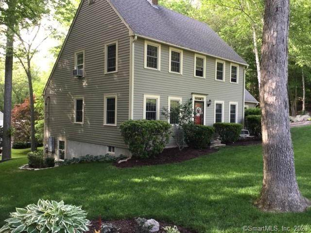 1 Old Dobbin Lane, Essex, CT 06442 (MLS #170330279) :: Team Feola & Lanzante | Keller Williams Trumbull