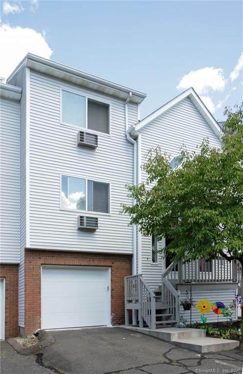925 Oronoke Road 14C, Waterbury, CT 06708 (MLS #170330607) :: The Higgins Group - The CT Home Finder