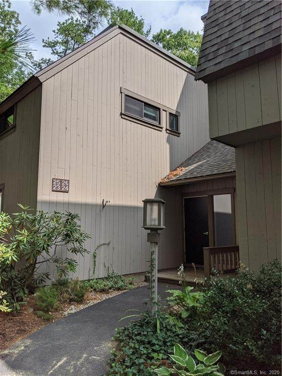 24 Great Meadow Lane #24, Farmington, CT 06032 (MLS #170336757) :: Sunset Creek Realty