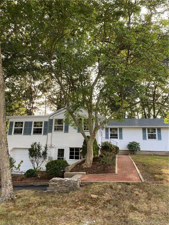 9 Woodland Drive, Groton, CT 06340 (MLS #170337170) :: The Higgins Group - The CT Home Finder