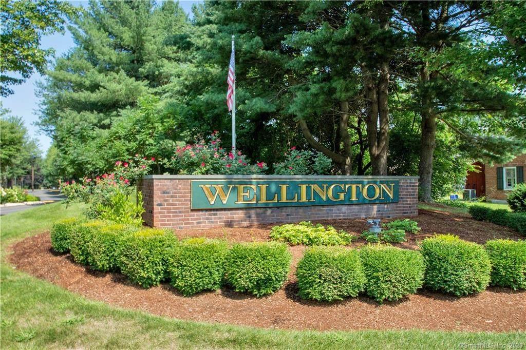 58 Wellington Drive - Photo 1