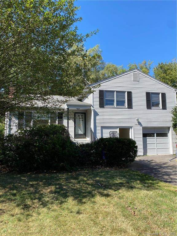 43 Farmstead Lane, West Hartford, CT 06117 (MLS #170339129) :: Frank Schiavone with William Raveis Real Estate