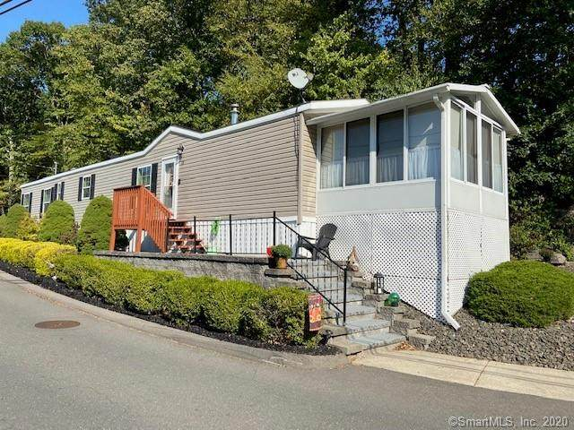 38 Middle Terrace, Vernon, CT 06066 (MLS #170339499) :: The Higgins Group - The CT Home Finder