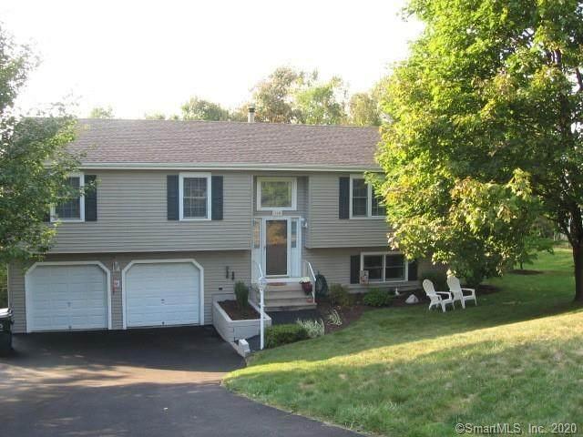 100 Hilltop Road, Watertown, CT 06779 (MLS #170341363) :: Mark Boyland Real Estate Team