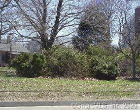 675 Oak Bluff Avenue, Stratford, CT 06615 (MLS #170345757) :: GEN Next Real Estate