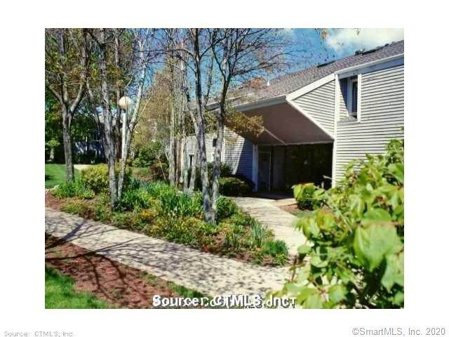121 Florence Road 2C, Branford, CT 06405 (MLS #170347800) :: Carbutti & Co Realtors