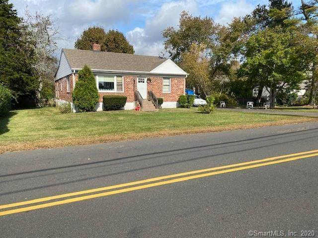 129 Silver Sands Road, East Haven, CT 06512 (MLS #170348525) :: Frank Schiavone with William Raveis Real Estate