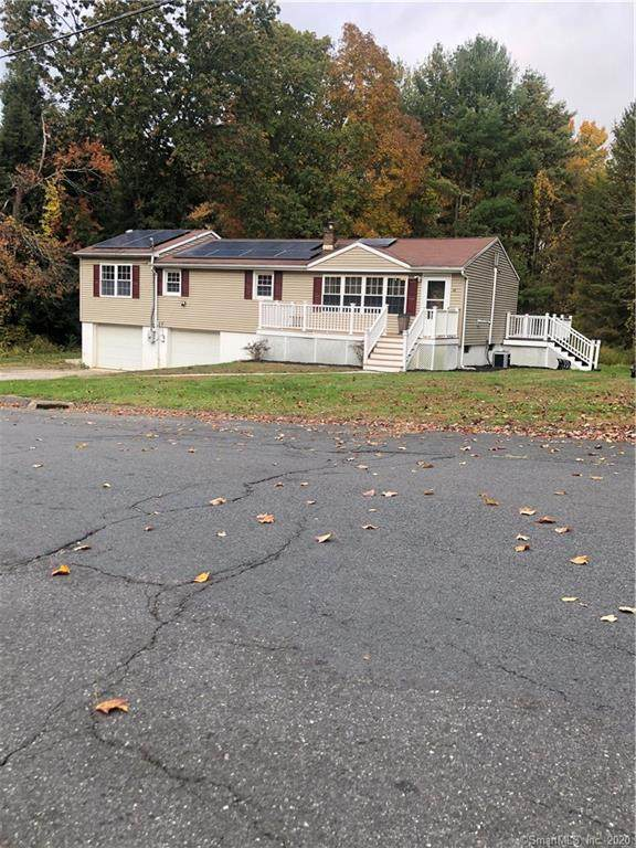 49 Woodpark Drive, Watertown, CT 06795 (MLS #170348649) :: Frank Schiavone with William Raveis Real Estate