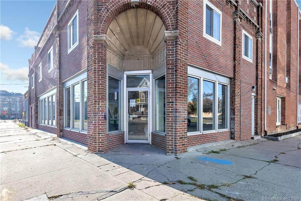 609 Fairfield Avenue - Photo 1