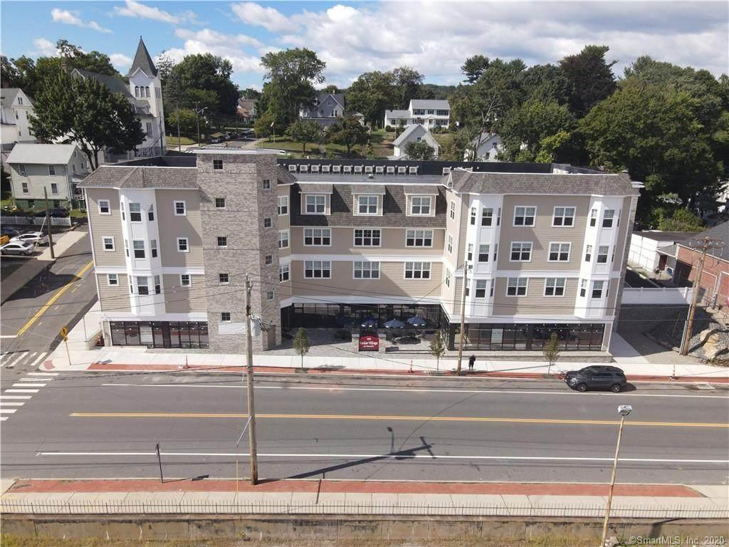 320 Howe Avenue - Photo 1