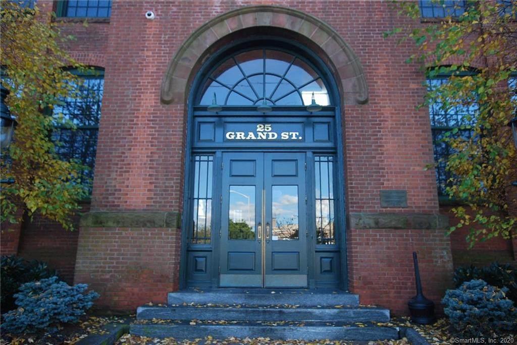 25 Grand Street - Photo 1
