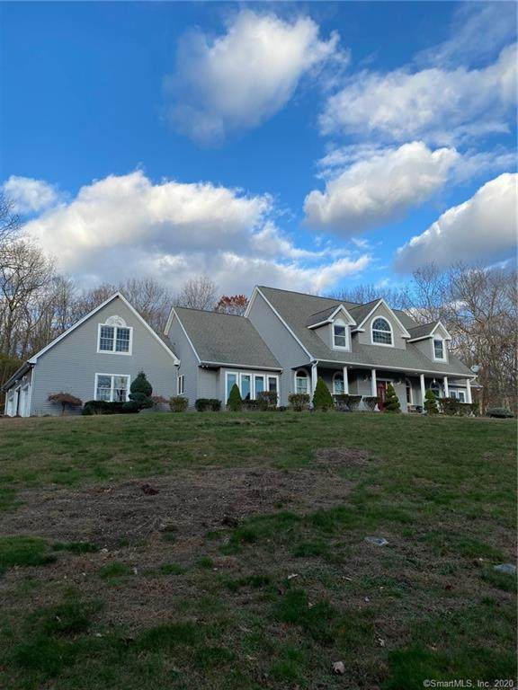 737 Spindle Hill Road - Photo 1
