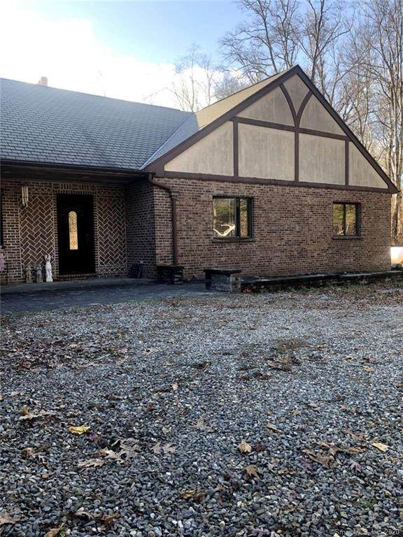 19 Whippoorwill Lane, Bethany, CT 06524 (MLS #170355941) :: Tim Dent Real Estate Group