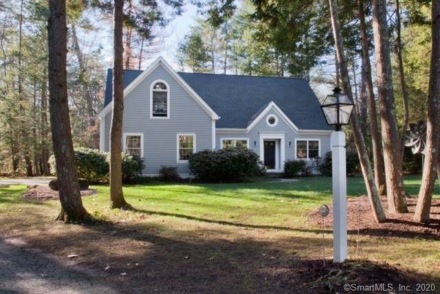 5 Woodleigh Place, Simsbury, CT 06089 (MLS #170357364) :: Carbutti & Co Realtors