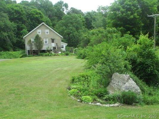 397 E Waterbury Road, Naugatuck, CT 06770 (MLS #170357441) :: The Higgins Group - The CT Home Finder
