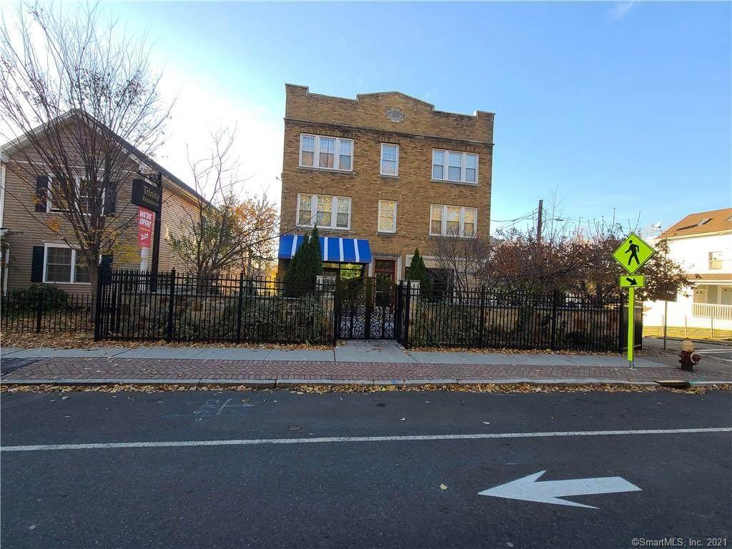 241-243 Zion Street - Photo 1