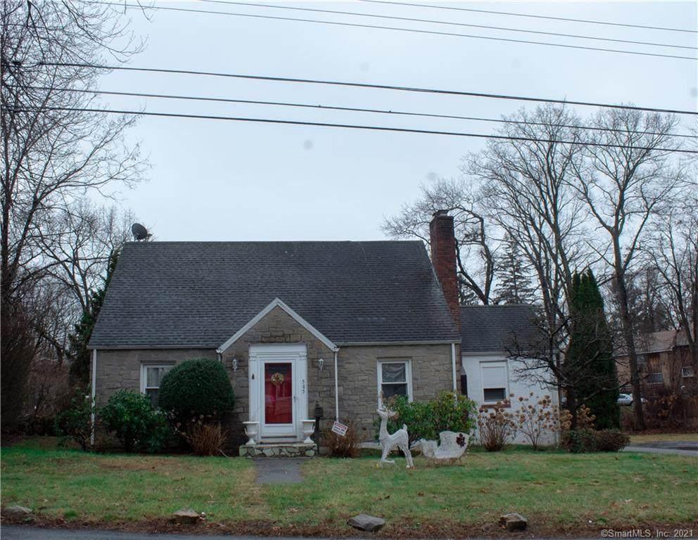 585 Woodside Avenue - Photo 1