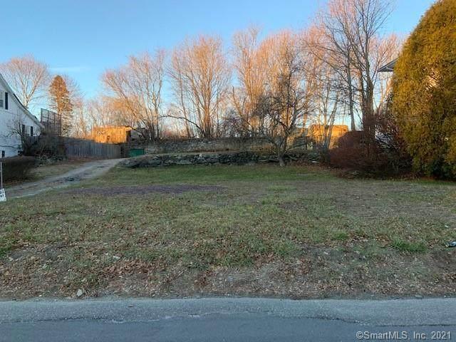 18 Brown Avenue, Griswold, CT 06351 (MLS #170364702) :: Tim Dent Real Estate Group