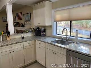 44 Woods Way #44, Woodbury, CT 06798 (MLS #170365905) :: Carbutti & Co Realtors